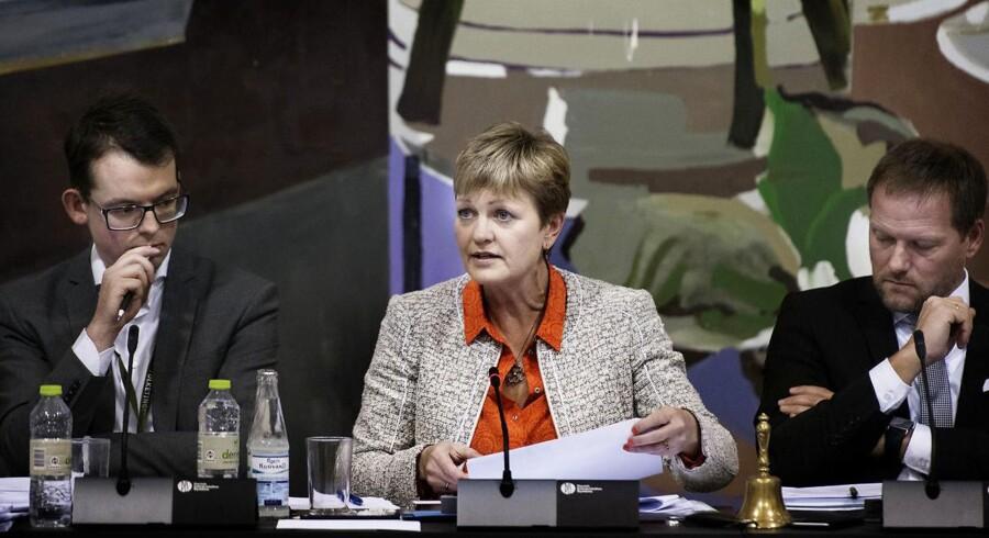 Miljø- og fødevareminister Eva Kjer Hansen (V) var tirsdag eftermiddag i samråd på Christiansborg.