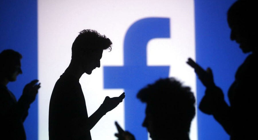 Det sociale netværk Facebook har modtaget 24 procent flere anmodninger fra myndighederne om udlevering af data om brugerne i første halvår 2014 sammenlignet med første halvår 2013.