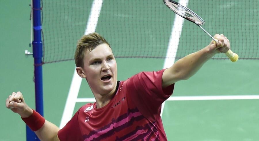 Den danske badmintonstjerne Viktor Axelsen er klar til finalen i VM i badminton i Glasgow søndag.
