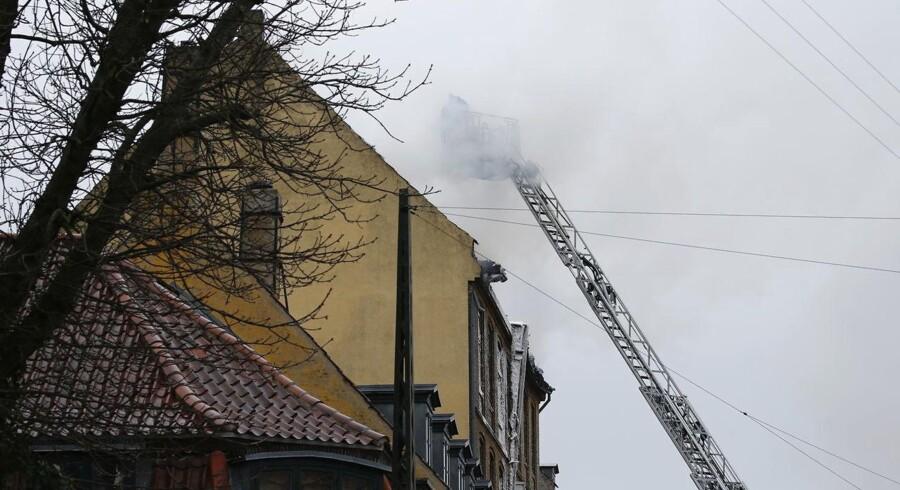 Tagbrand på Vesterbrogade i København.