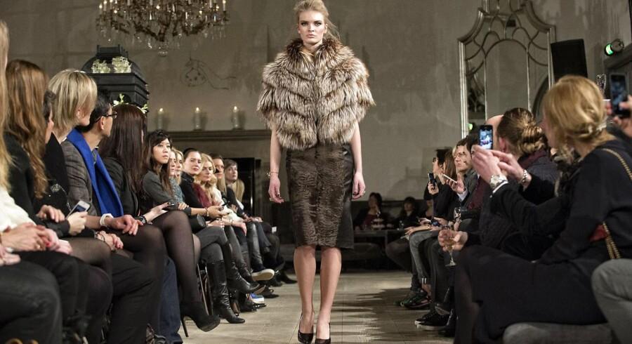 Selv om de faldende priser på mink udfordrer den danske pelsindustri, er der ikke den store bekymring at spore hos pelsgigaten Birger Christensen.