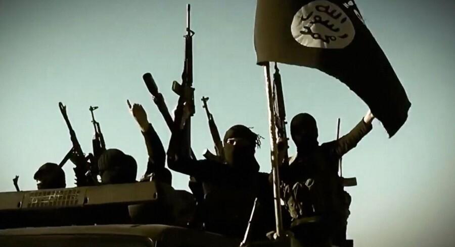 Hundredevis af IS-krigere er trænet til at begå terror i Europa, hvor de allerede opholder sig. Flere terrorister meldes på vej ifølge norkse Dagbladet. Arkivfoto: Scanpix