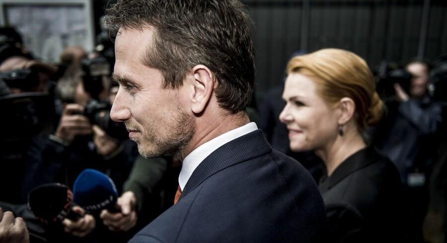 Loven, som udenrigsminister Kristian Jensen og udlændinge- og integrationsminister Inger Støjberg forleden forsvarede i Bruxelles, falder den amerikansk-baserede tænketank Freedom House for brystet. Tænketanken langer ud efter asylstramningerne, som regeringen med støtte fra et flertal i Folketinget netop har vedtaget.