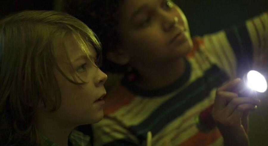 Ben (t.v.) er hovedpersonen i det ene af de to fortællespor i Todd Haynes' uforløste »Wonderstruck«.