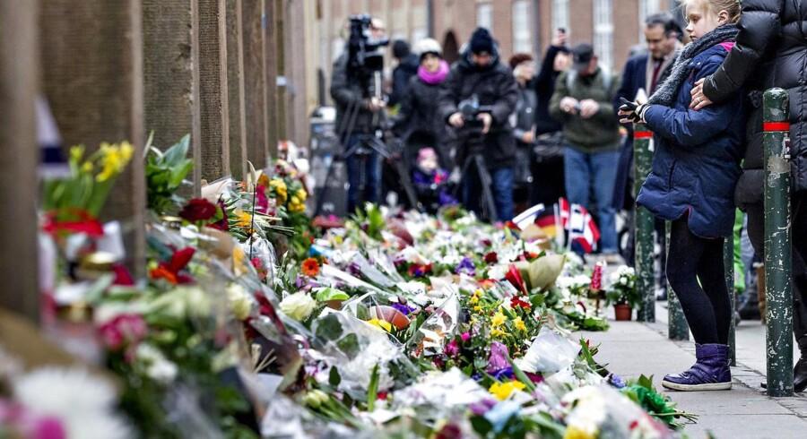 Terrorangrebene på Synagogen i Krystalgade i København og på Krudttønden på Østerbro i februar har aktualiseret behovet for en øget indsats mod radikalisering. Københavns Kommune har fået et ekspertpanel til at se på, hvad der kan gøres. Panelets rapport er netop færdig.