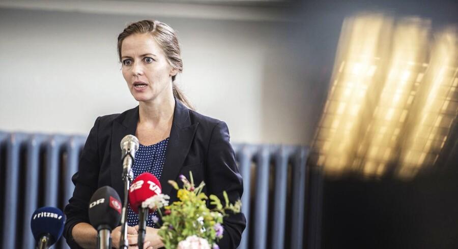 Undervisningsminister Ellen Trane Nørby (V) finder det uacceptabelt, at konflikten i Tyrkiet efter sommerens kupforsøg griber ind i Danmark, hvor flere dansk-tyrkiske skoler har været udsat for trusler.