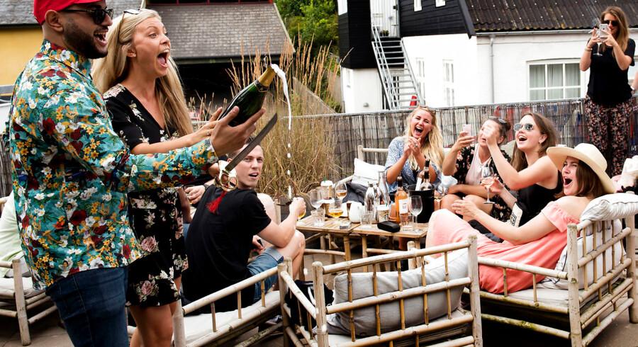 Der er Roséfest på Strandhotellet i Tisvildeleje.