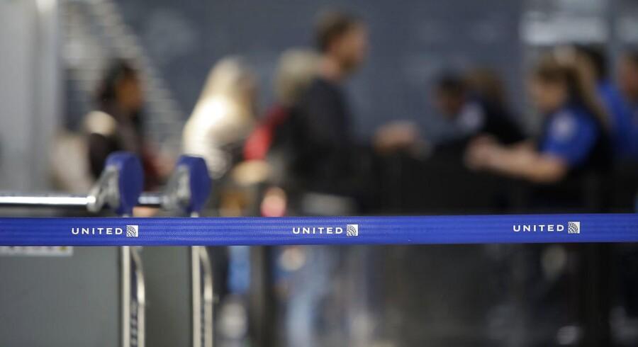 United Airlines blev kritiseret massivt, efter en video, der viser en håndfast udsmidelse af passageren David Dao, blev delt omfatttende på sociale medier. Nu vil de give omfattende kompensation til passagerer i lignende situationer.