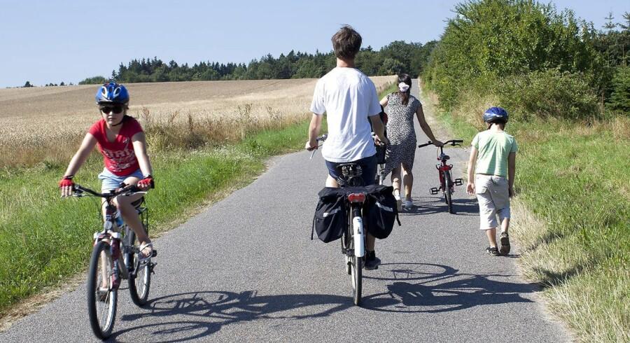 Dansk Cyklist Forbund inviterer hele Danmark ud på cykeltur søndag den 13. juni 2010. Der arrangeres som sædvanligt cykelture over hele landet. Arkivbillede fra cykeltur på Bornholm.