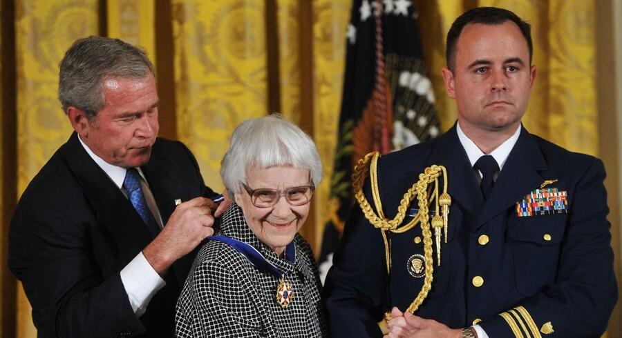 Nobelprismodtageren Harper Lee er død, 89 år gammel.