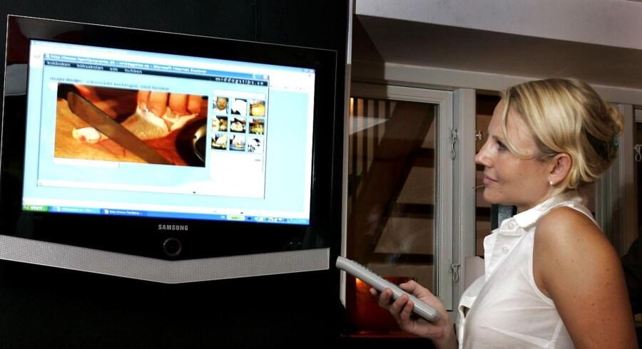 Dansk bredbånd fremviser et digitalt online-hjem, hvor familien bruger bredbånd til mest muligt.
