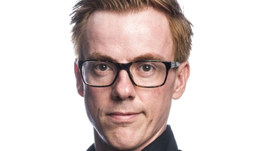Jonas Stenbæk Christoffersen er fra til tre og redaktør på Kids' News, som er Berlingskes avis til børn. Hver uge skriver han om sit arbejde og liv med børn.