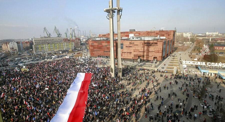 Tusindvis af mennesker demonstrerede i Polen.