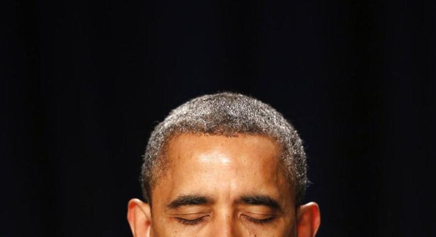 USAs præsident Obama har fået flere grå hår, siden han tiltrådte som 47-årig i 2009 (se næste billede). Der er kun anekdotisk bevisførelse for, at tunge byrder giver grå hår, så måske bæres de tunge byrder bare ofte af folk i gråhårsalderen.