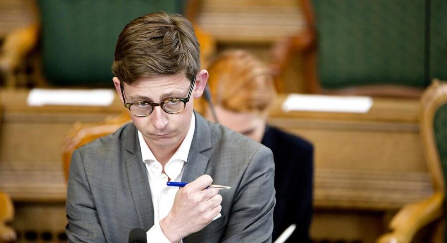 »Mange af Skats beføjelser er meget gamle, og der må vi konstatere, at retssikkerheden ikke altid er fulgt med « siger skatteminister Karsten Lauritzen.