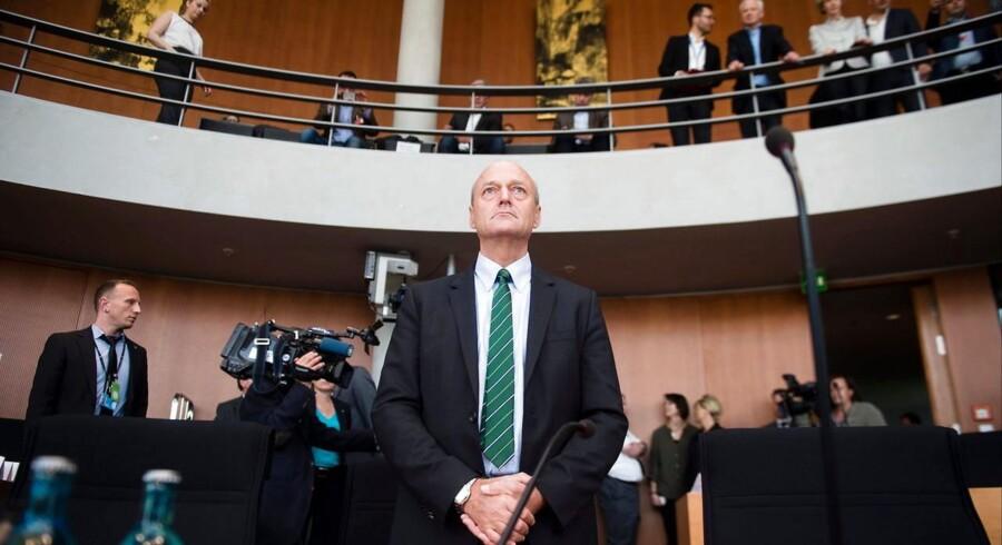 Mens amerikanske politikere drøfter opstramninger af efterretningstjenesten NSAs omfattende overvågning og spionage, er chefen for den tyske efterretningstjeneste BND, Gerhard Schindler, i denne uge indkaldt til høring med det tyske parlaments undersøgelseskommission. BND beskyldes for at bistå NSA med at spionere mod europæiske selskaber og politikere. Foto. Gregor Fischer, EPA/Scanpix