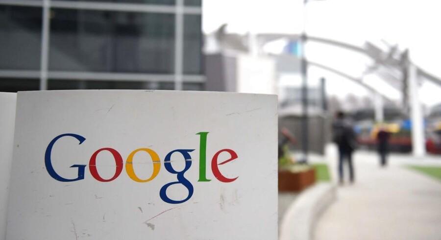 EU beskylder internetgiganten Google for siden 2008 at have misbrugt sin dominans i Europa, hvor godt 90 procent af alle søgninger sker gennem Google, til at favorisere sine egne tjenester og produkter. Arkivfoto: Susana Bates, AFP/Scanpix