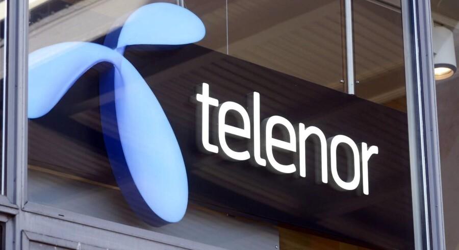 Der sker udskiftning i topledelsen hos teleselskabet Telenor, der fredag meddelte, at både finansdirektøren, Richard Olav Aa, og chefjuristen, Pål Wien Espen, har indgået fratrædelsesaftaler med selskabet.