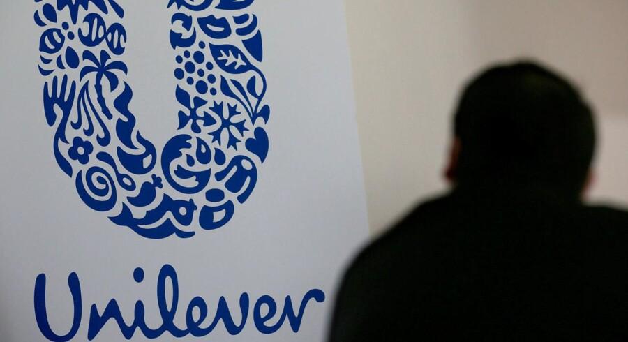 Arkivfoto. Unilever truer med at skære i reklamebudgettet til store internetplatforme som Google og Facebook.