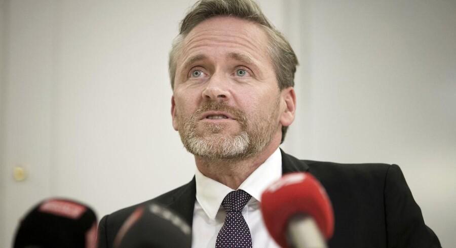 Anders Samuelsen holder pressemøde angående LA's holdning til finanslovsforhandlingerne den 19. december 2017.