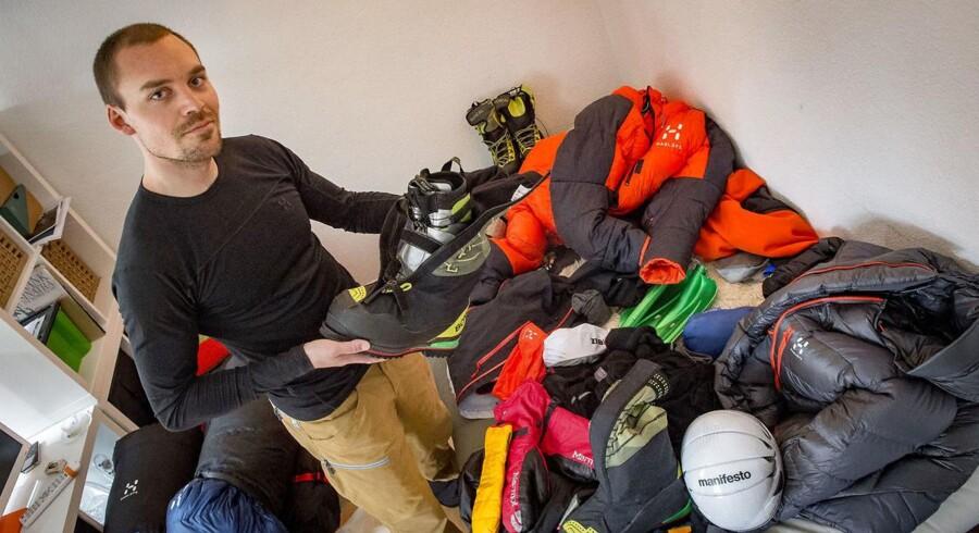Den danske bjergbestiger Rasmus Kragh har tænkt sig at forsøge at bestige verdens højeste bjerg igen.