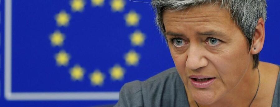 EU's konkurrencekommisær, Margrethe Vestager, langer ud efter Europas telegiganter.