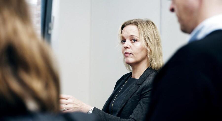 Når TDC skifter ud på den vigtige stilling som erhvervsdirektør, sender telekoncernens topchef, Pernille Erenbjerg, et kraftigt signal til aktionærer og investorer om, at hun arbejder på at løse problemerne i den del af forretningen.
