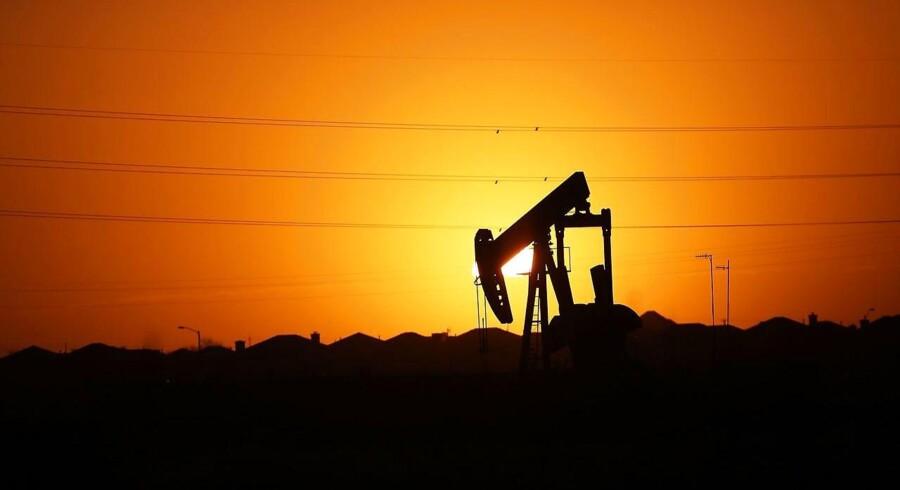 Den seneste tids prisfald på olie har gjort markant indhug i den saudiske stats indtægter. Arkivfoto.