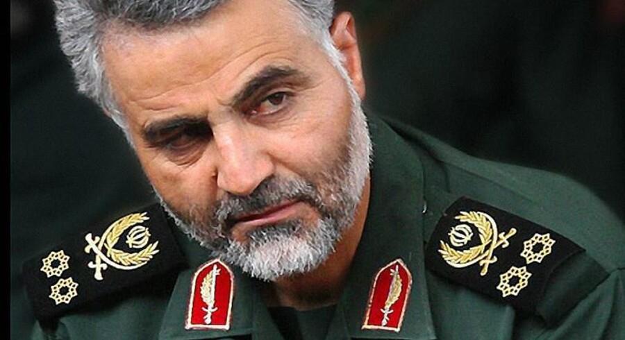 Den iranske general Qasem Soleimani har tidligere gjort sig bemærket ved at tegne de mellemøstlige linjer meget skarpt op på Instagram, men i øjeblikket holder han pause. Foto: SIPA