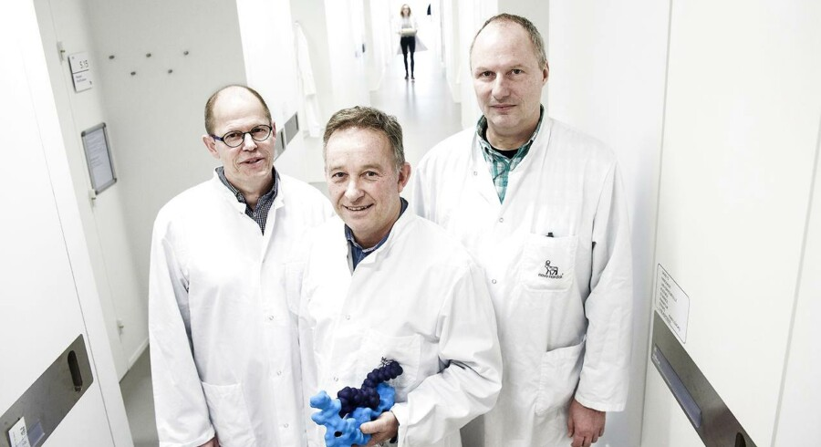Novos Semaglutid-molekyle er opfundet af forskerne Paw Bloch (tv), Jesper Lau og Thomas Kruse (th).