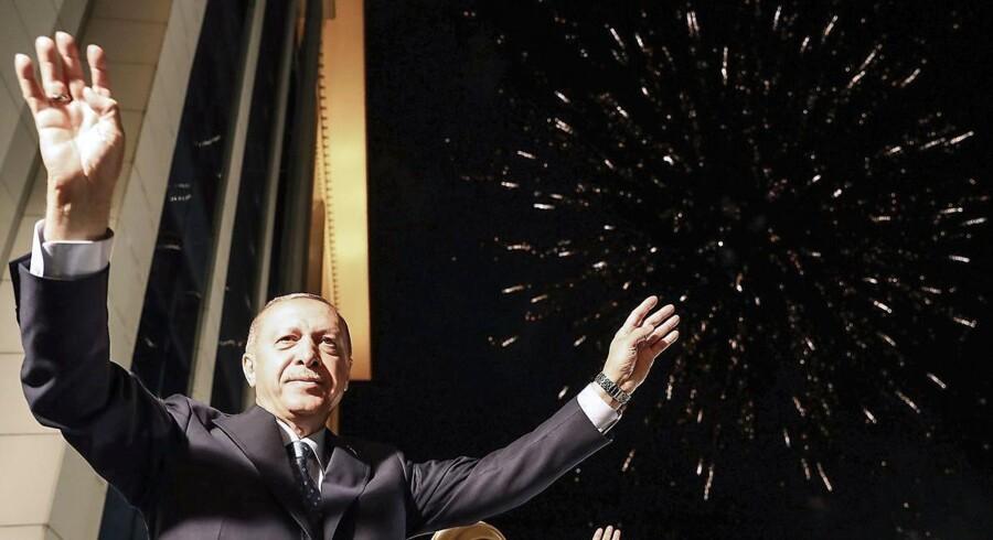 Erdogan fejrede i nat sin sejr i Ankara.