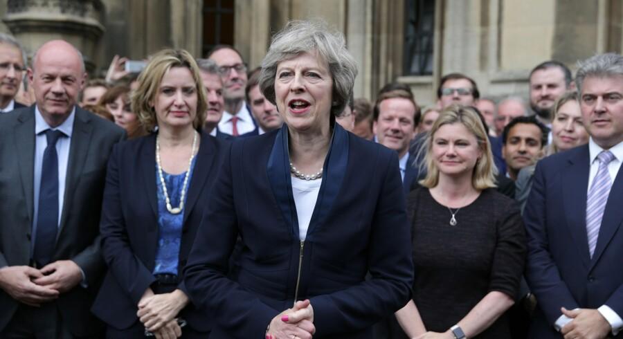 Flere eksperter vurderer, at forhandlingerne om briternes exit fra EU kan indledes hurtigere end ventet med Theresa Mays hurtige udnævnelse. Scanpix/Daniel Leal-olivas