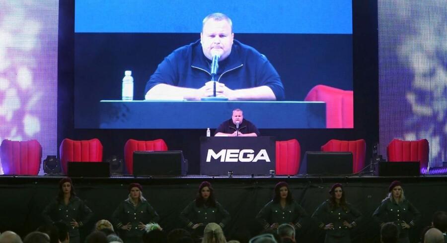 Det var ganske teatralsk, da Kim Dotcom skød gang i sin nye Mega-tjeneste i går.