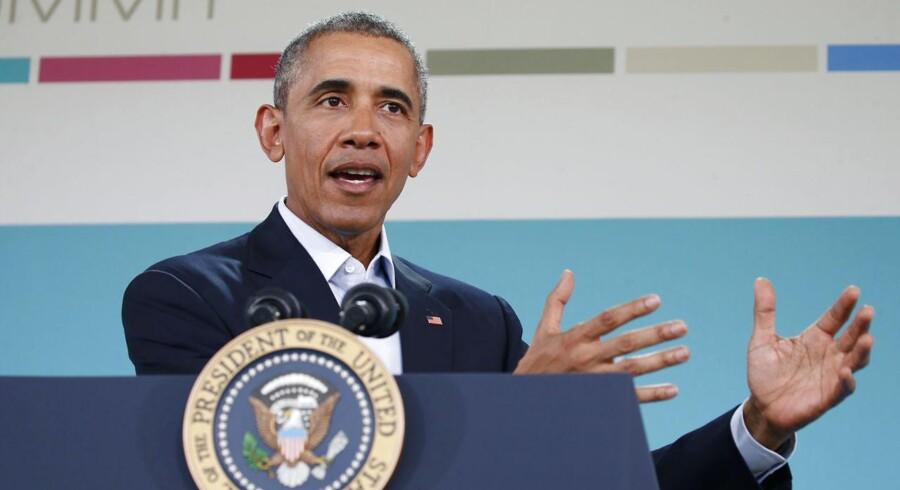 USA's præsident, Barack Obama, opfordrer Kongressens republikanere til at se bort fra partipolitiske interesser, når der skal udpeges et nyt medlem af den amerikanske højesteret som afløser for Antonin Scalia, der lørdag afgik ved døden.