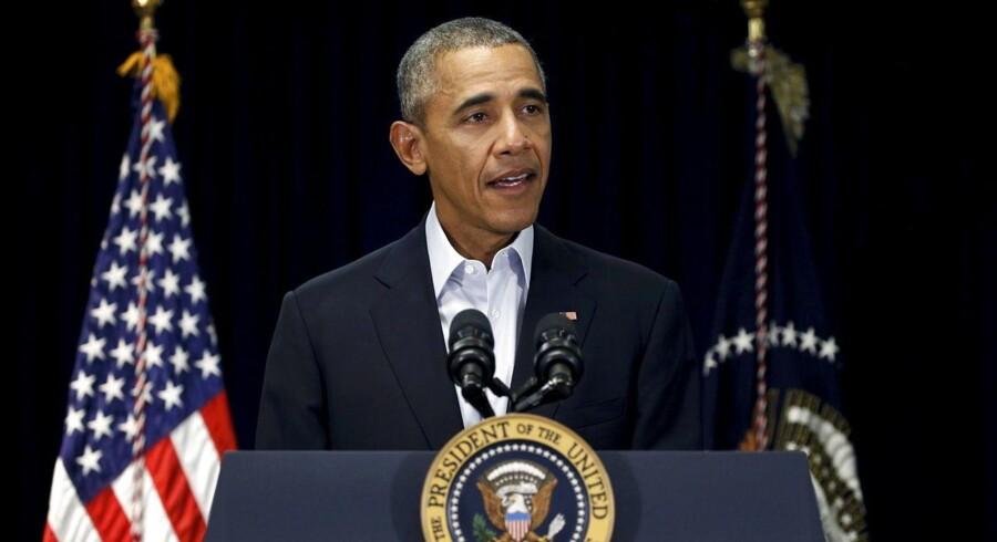 Den amerikanske præsident, Barack Obama, insisterer på, at han vil nominere en ny højesteretsdommer til at efterfølge den konservative Antonin Scalia, der lørdag afgik ved døden.
