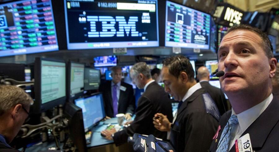 Hver fjerde medarbejder i IBM skal ikke fyres, siger selskabet. Investorerne syntes dog godt om tanken og lod IBM-aktien stige. Arkivfoto: Brendan McDermid, Reuters/Scanpix