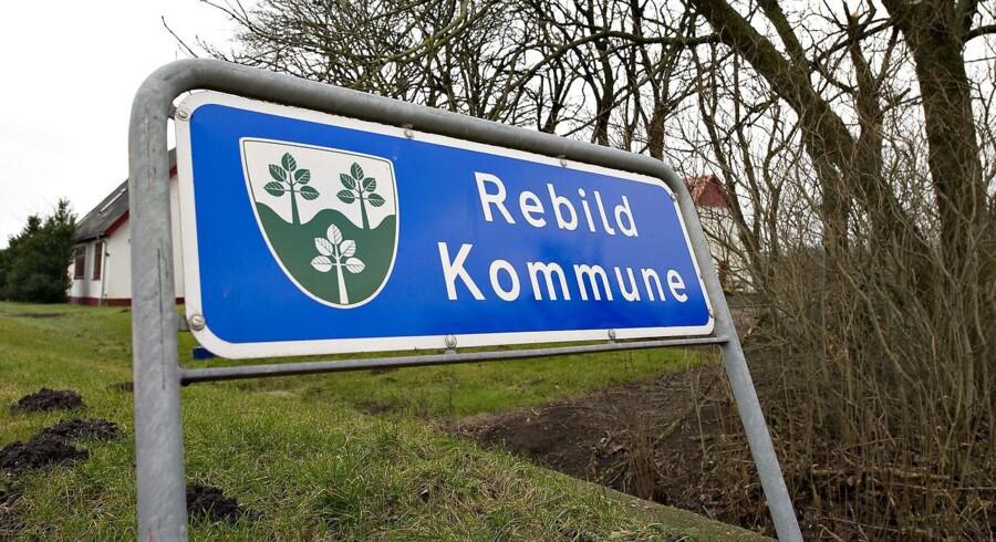 De 10 børn i Rebildsagen lægger sag an mod kommunen.