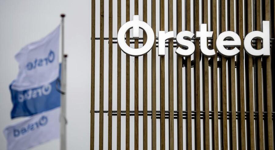 Gårsdagens opjustering fra energiselskabet Ørsted, der tidligere var kendt som Dong Energy, handlede blot om timingen af et frasalg, og derfor reagerer investorerne meget afdæmpet på nyheden, siger analytiker.