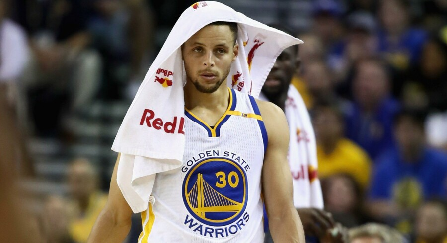 Stephen Curry var flyvende for Golden State Warriors mod New Orleans Pelicans. Scanpix/Ezra Shaw