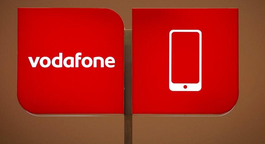 Den britiske mobilselskab Vodafone, som er verdens største, rygtes til salg. Arkivfoto: Odd Andersen, AFP/Scanpix