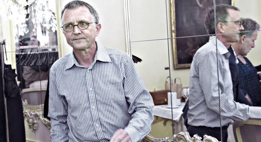 Formand for Danmarks Lærerforening Anders Bondo Christensen gik torsdag kl 22.00 til hovedstyrelsesmøde på Hotel Phoenix, der kun ligger få hundrede Forligsinstitutionen på Sankt Annæ Plads i København.