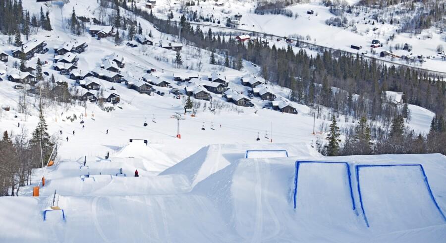 Hemsedal udvider som mange andre skidestinationer deres snowpark år for år, i takt med at flere børn og unge kræver mere end almindelige, præparerede pister. Her en af Hemsedals hopbakker.