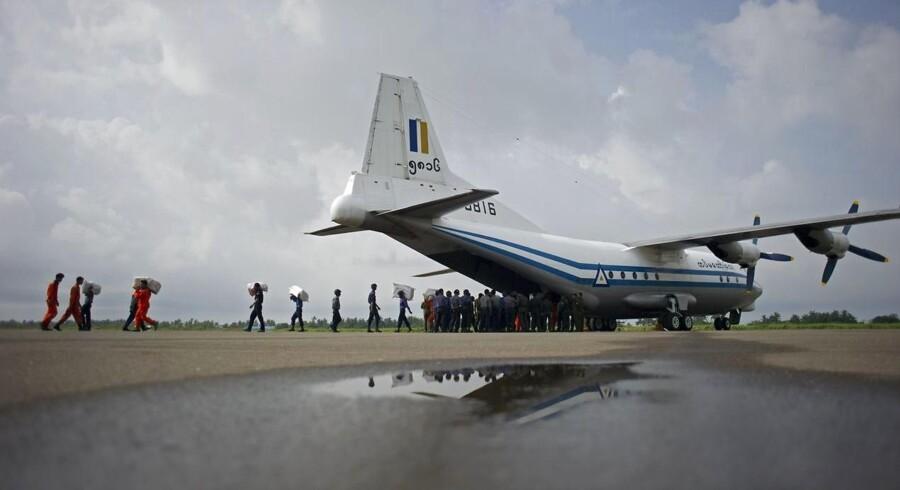 Flyet minder om dette Shaanxi Y-8 fra Myanmars luftvåben. (arkivfoto)