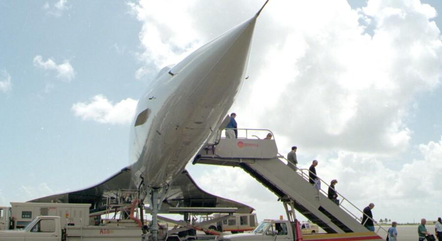 Concorden sætter passagere af på Barbados i 1997