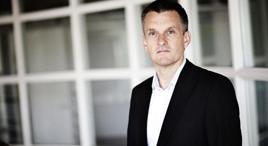 Fire teleselskaber er gået sammen om at udvikle betalingsmodel til mobiltelefonen. Det sker i regi af selskabet 4T, hvor Peter Bredgaard er CEO.