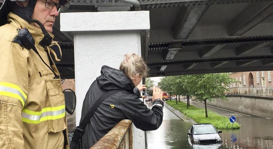 Oversvømmelse ved Lindevang Station i København.