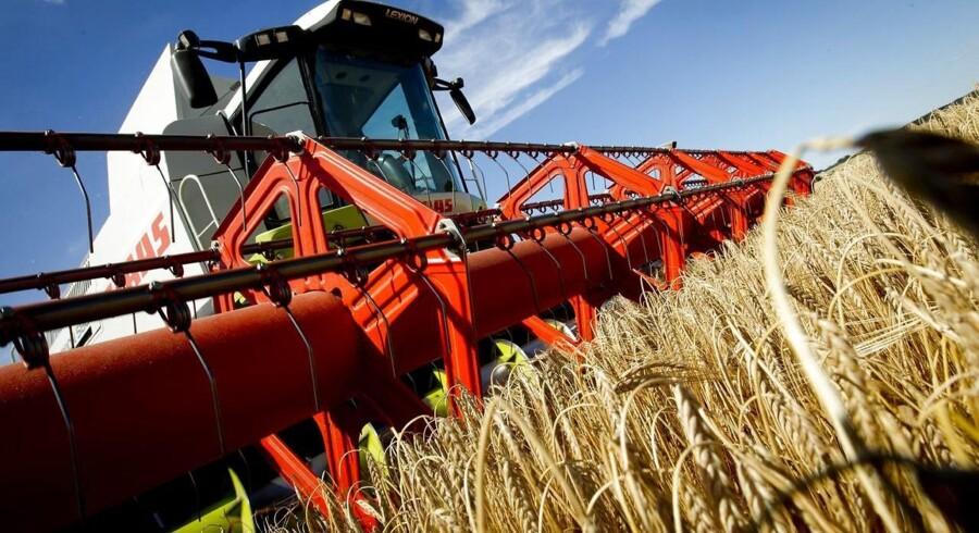 EU giver nu en hjælpende hånd til europæiske nødlidende landbrug.