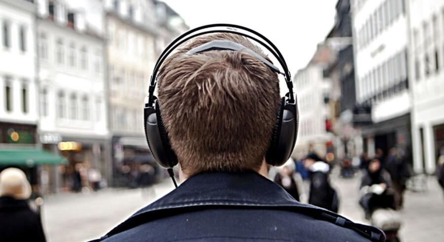 Ifølge et nyt sagsanlæg krænker et bestemt mærke af hovedtelefoner musiklytternes privatlivsfred.Arkivfoto.