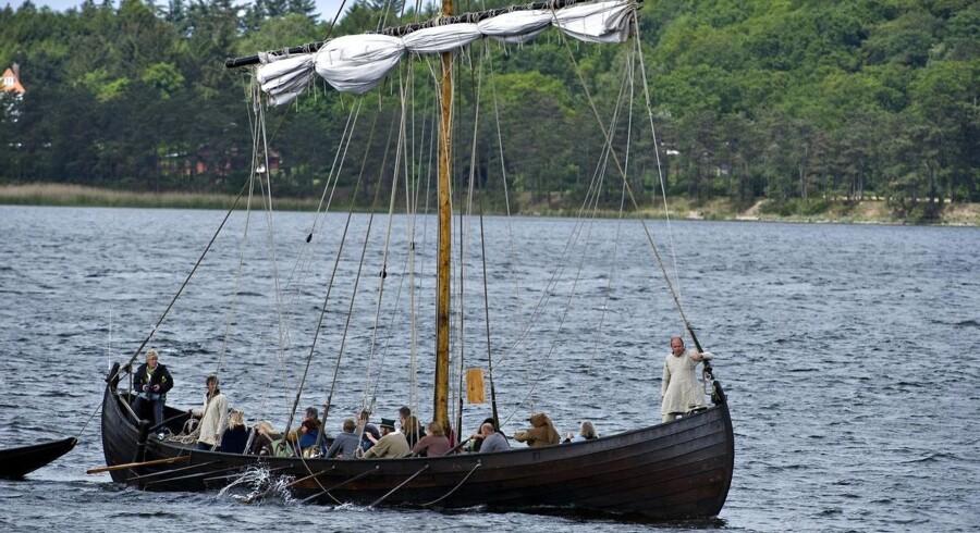Der boede vikinger i Grønland i 500 år, men vejret blev til sidst for meget for dem, og de måtte flytte. Ny forskning giver et muligt hændelsesforløb for vikingernes flugt fra Grønland