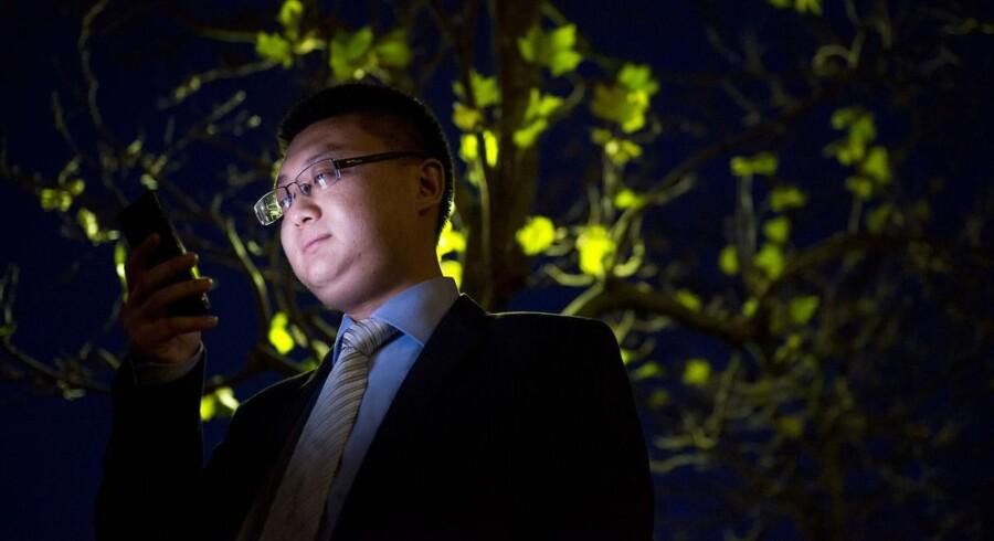 Huaweis direktør i Danmark, Binbing Xiao, bekræfter, at den kinesiske mobilgigant, som både sælger mobiludstyr og mobiltelefoner, forhandler med TDC. Arkivfoto: Søren Bidstrup